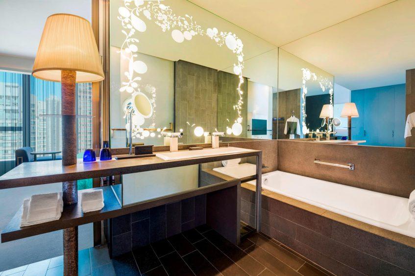 W Hong Kong Luxury Hotel - Hong Kong - Wonderful Room Bathroom