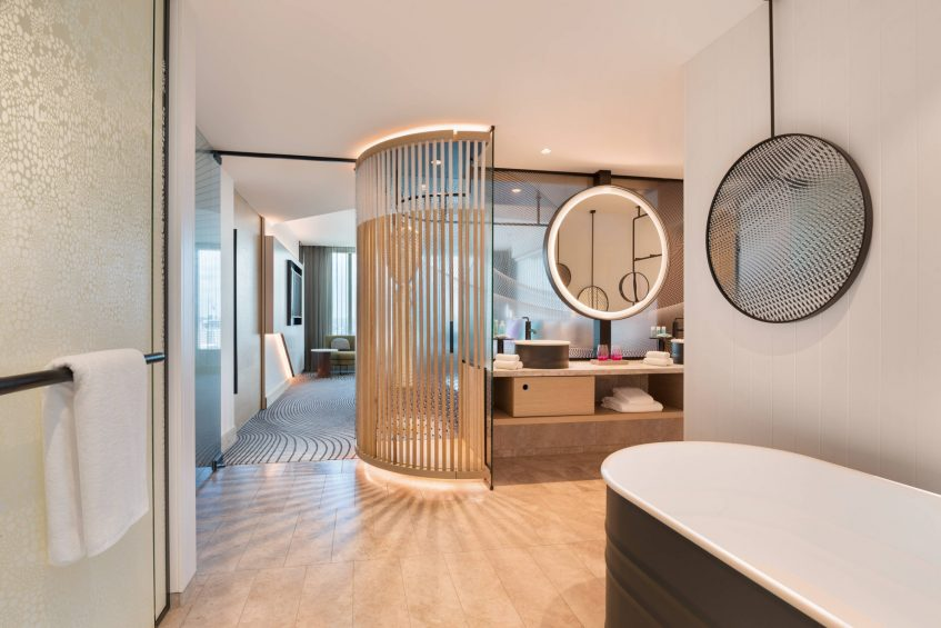 W Brisbane Luxury Hotel - Brisbane, Australia - Suite Bathroom and Bathroom Tub
