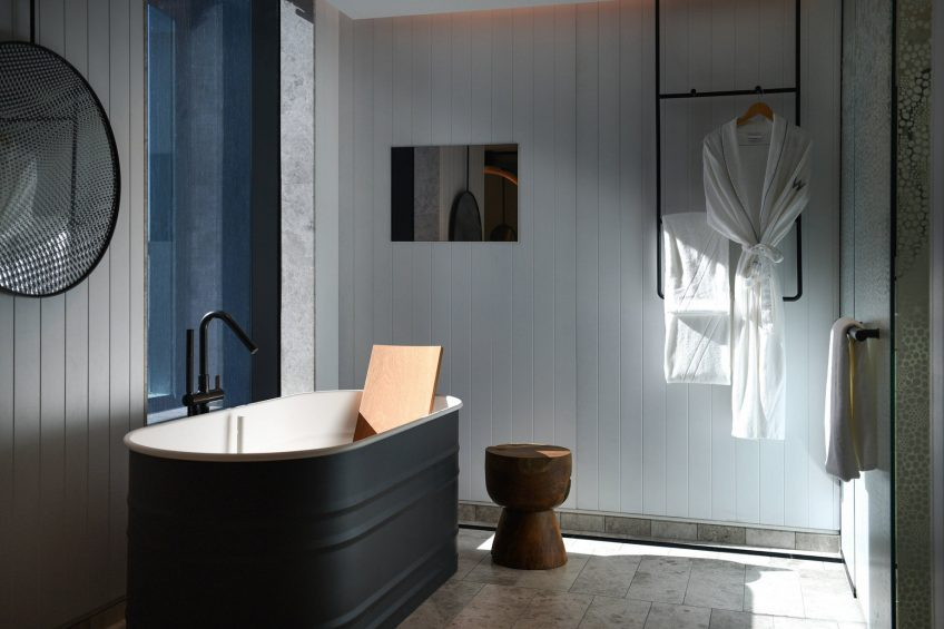 W Brisbane Luxury Hotel - Brisbane, Australia - Suite Bathroom