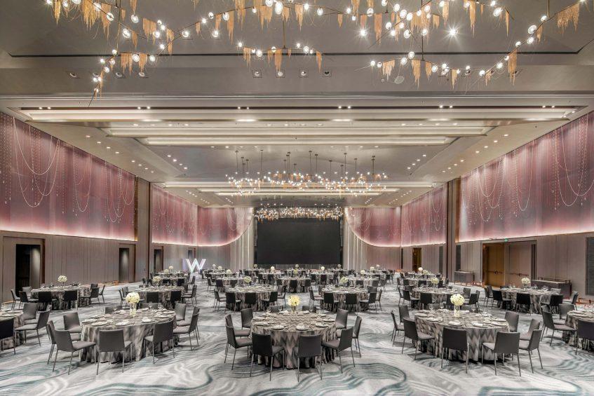 W Chengdu Luxury Hotel - Chengdu, China - Great Room Tables