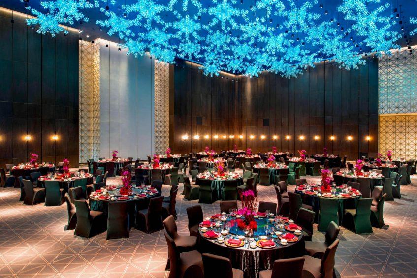 W Guangzhou Luxury Hotel - Tianhe District, Guangzhou, China - Great Room Round Tables