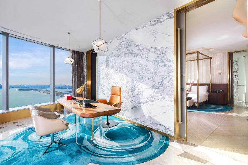 W Suzhou Luxury Hotel - Suzhou, China - WOW Suite Desk