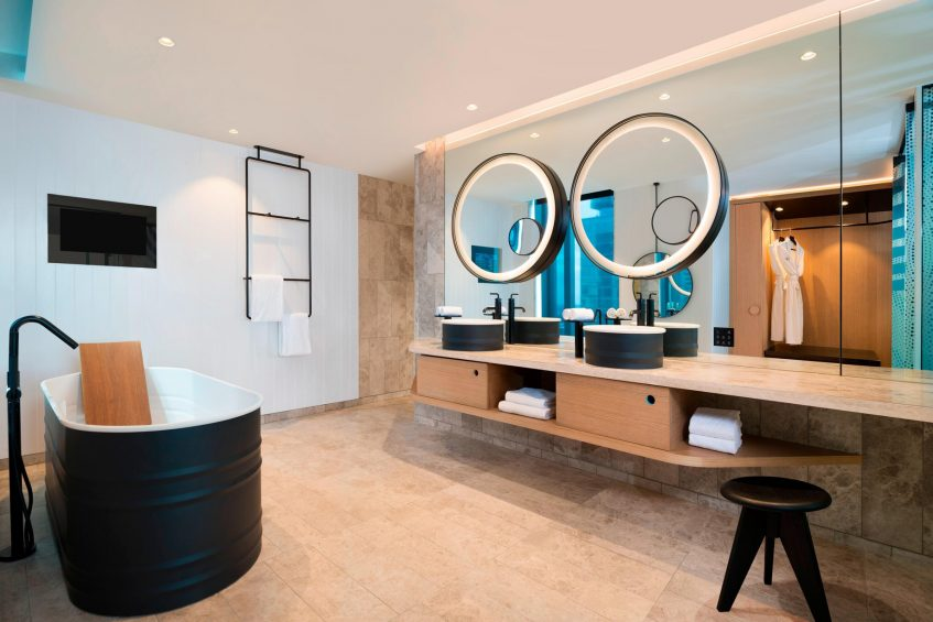 W Brisbane Luxury Hotel - Brisbane, Australia - WOW Suite Bathroom