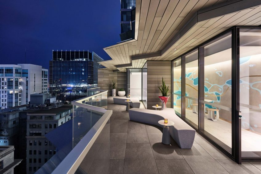 W Melbourne Luxury Hotel - Melbourne, Australia - WET Balcony