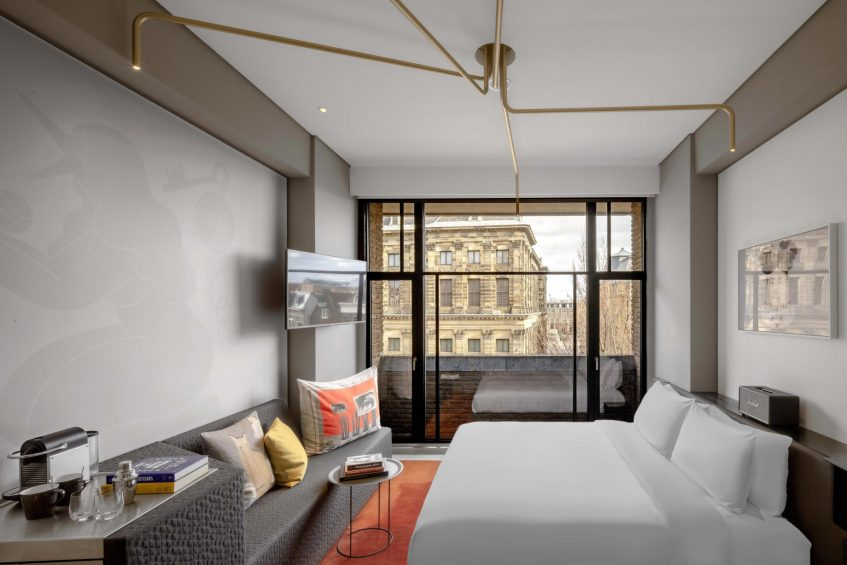 W Amsterdam Luxury Hotel - Amsterdam, Netherlands - Wonderful Exchange Guest Room Bed