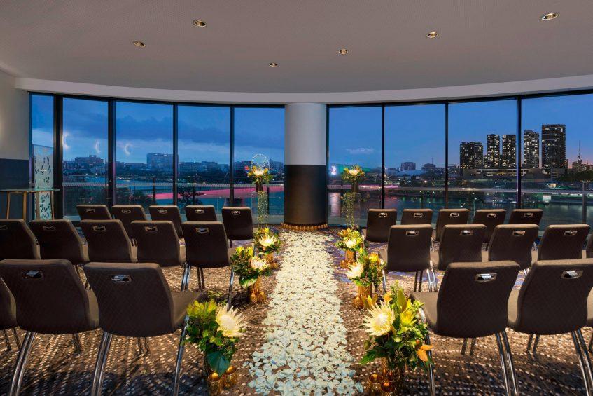 W Brisbane Luxury Hotel - Brisbane, Australia - Wedding Ceremony