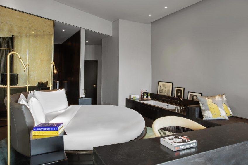 W Amsterdam Luxury Hotel - Amsterdam, Netherlands - WOW Bank One Bedroom Studio Suite
