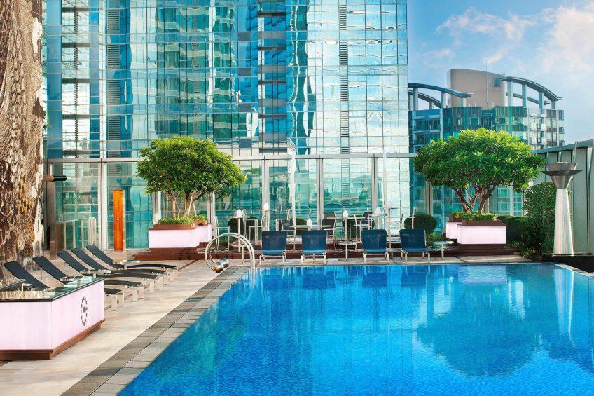 W Hong Kong Luxury Hotel - Hong Kong - WET Outdoor Swimming Pool Deck