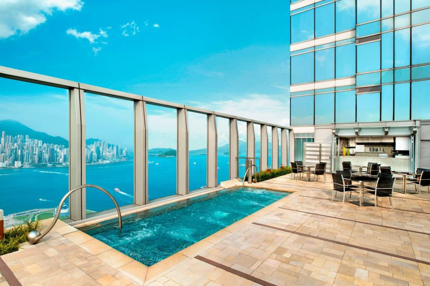 W Hong Kong Luxury Hotel - Hong Kong - WET Pool Deck
