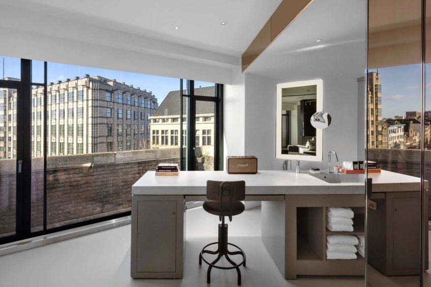 W Amsterdam Luxury Hotel - Amsterdam, Netherlands - WOW Exchange One Bedroom Studio Suite Desk