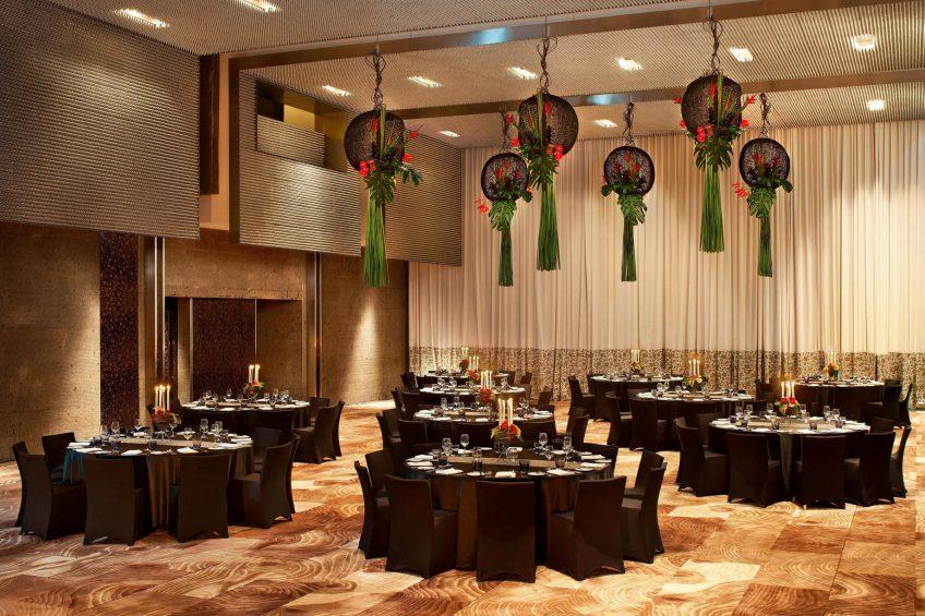 W Bali Seminyak Luxury Resort - Seminyak, Indonesia - Great Room Round Tables