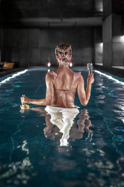 W Amsterdam Luxury Hotel - Amsterdam, Netherlands - AWAY Spa Relaxation Pool_