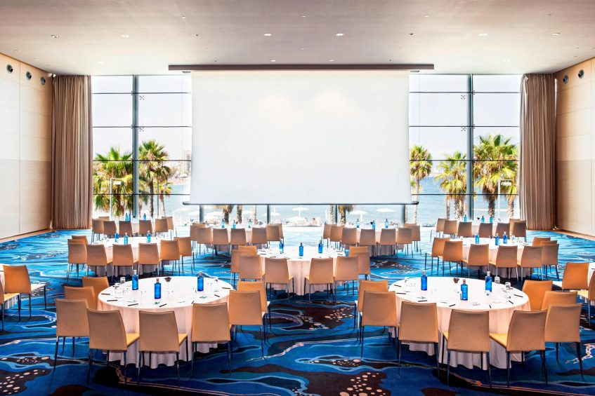 W Barcelona Luxury Hotel - Barcelona, Spain - Great Room Tables