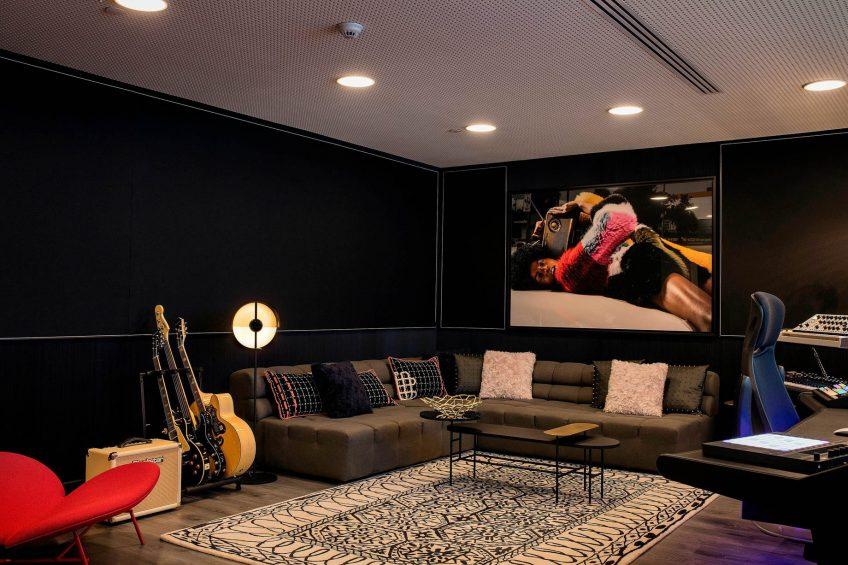 W Barcelona Luxury Hotel - Barcelona, Spain - W Sound Suite Couch