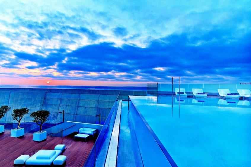 W Barcelona Luxury Hotel - Barcelona, Spain - Sun Deck Pool