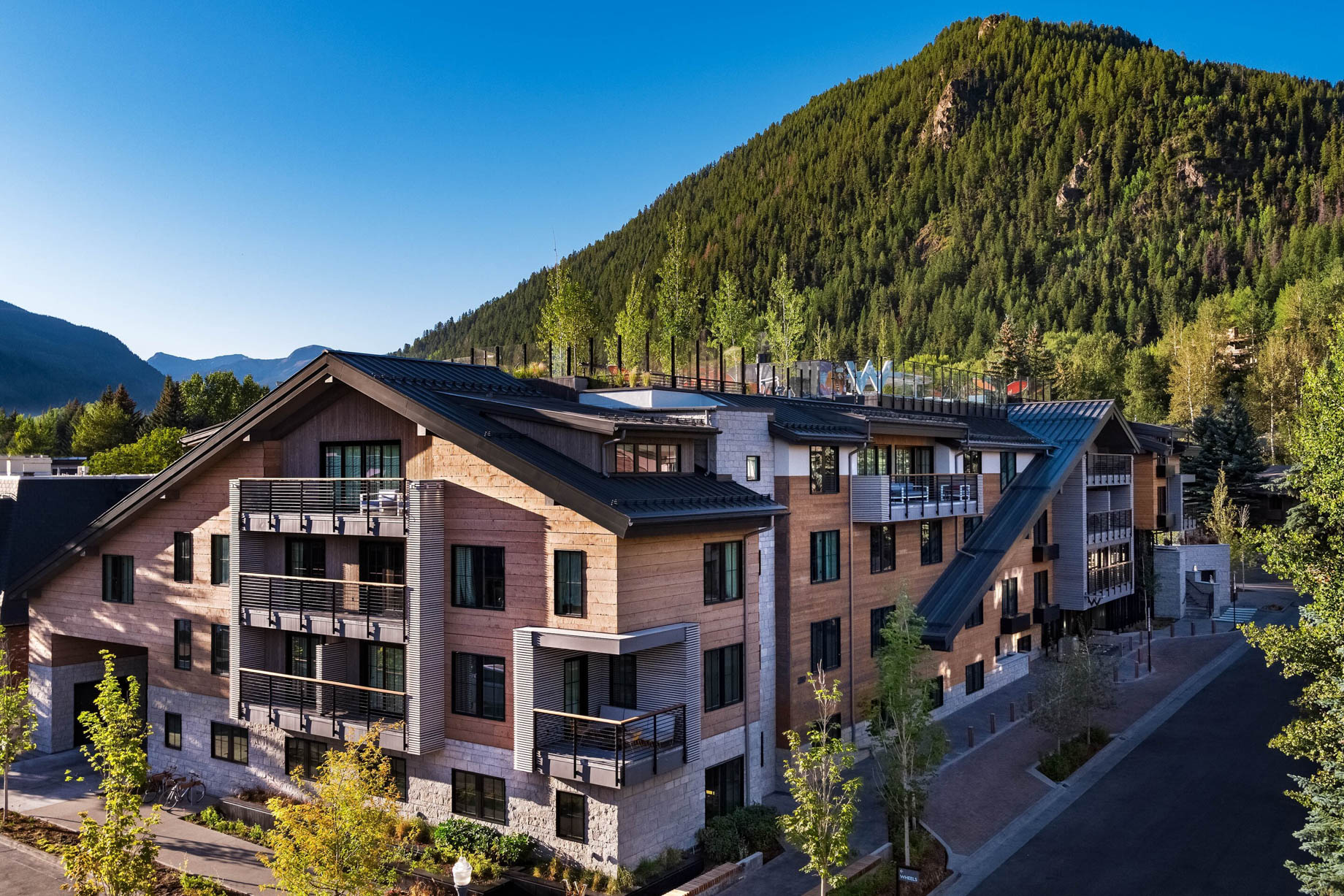 W Aspen Luxury Hotel - Aspen, CO, USA - Hotel Exterior Mountain View