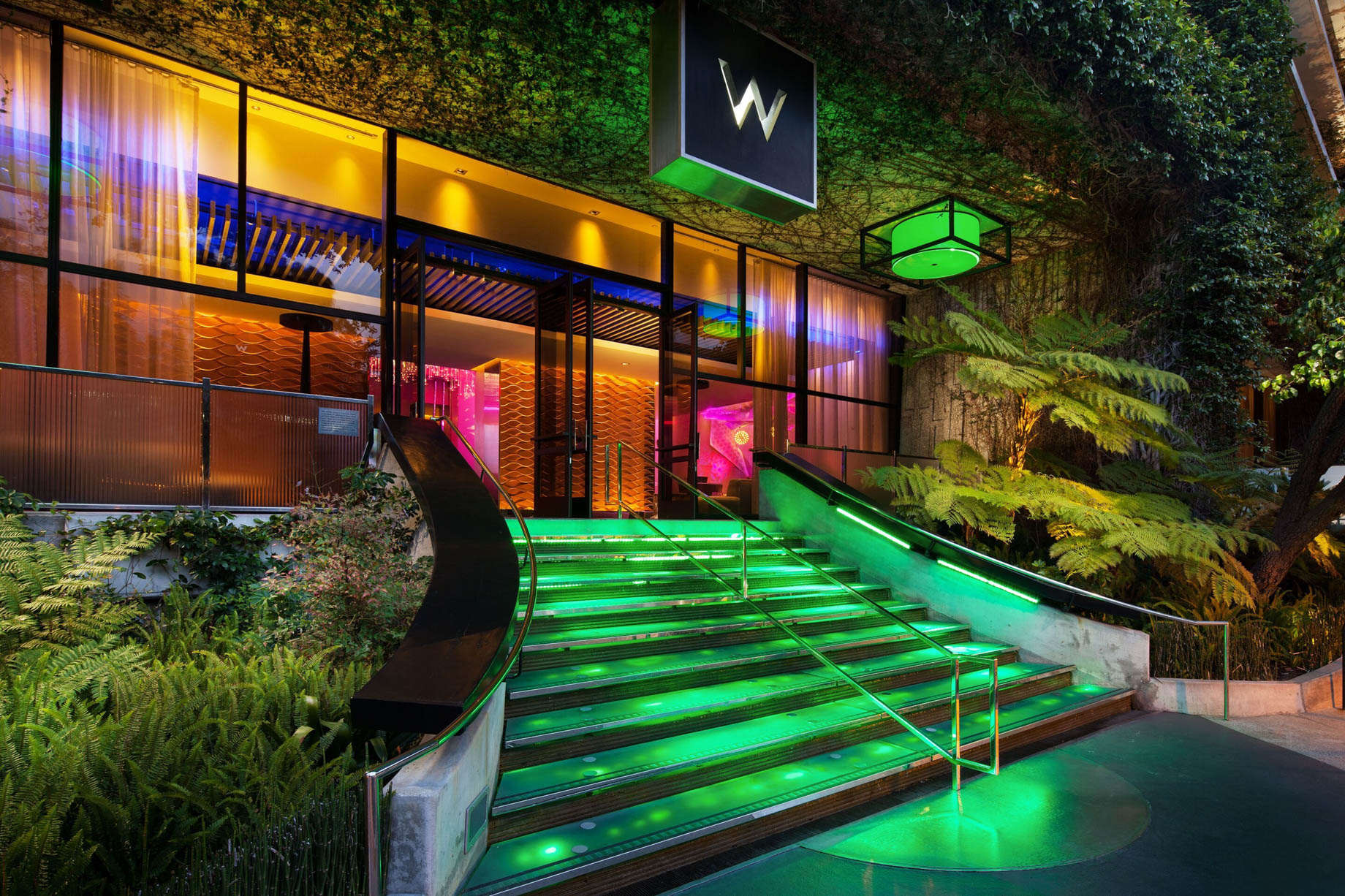 W Los Angeles West Beverly Hills Luxury Hotel - Los Angeles, CA, USA - Hotel Exterior Entrance