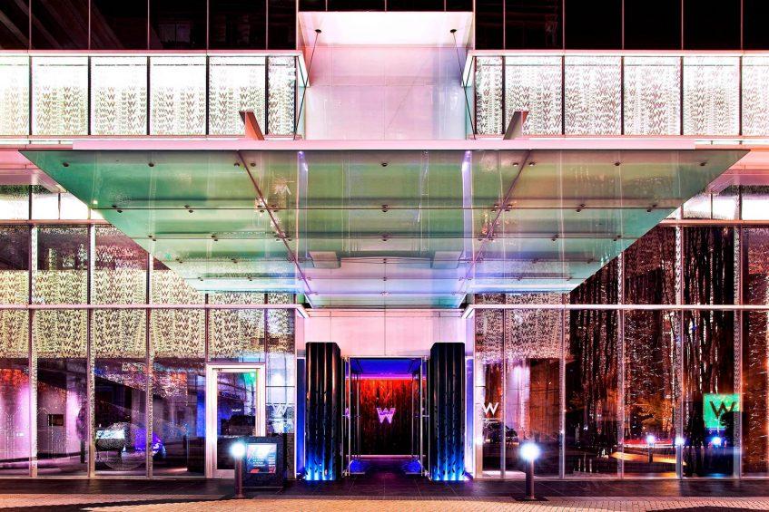 W Atlanta Downtown Luxury Hotel - Atlanta, Georgia, USA - Entrance