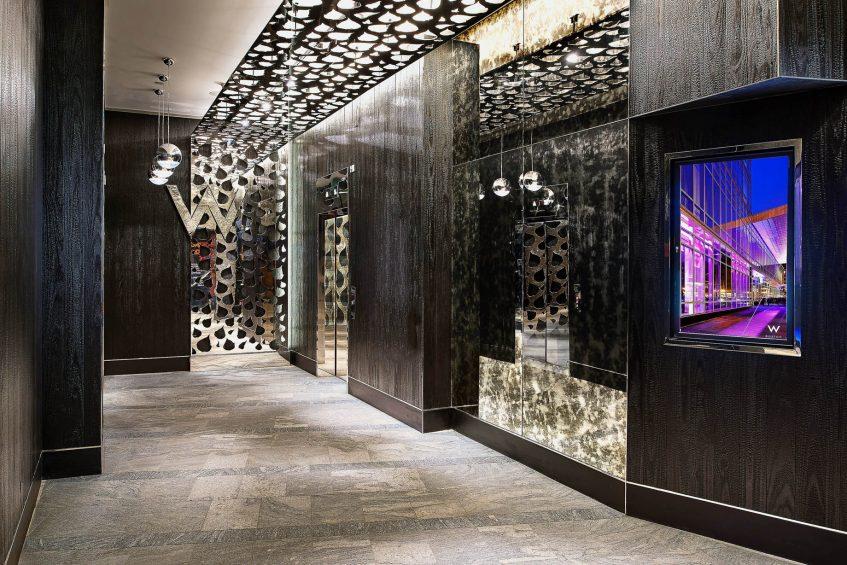 W Boston Luxury Hotel - Boston, MA, USA - Hotel Entrance