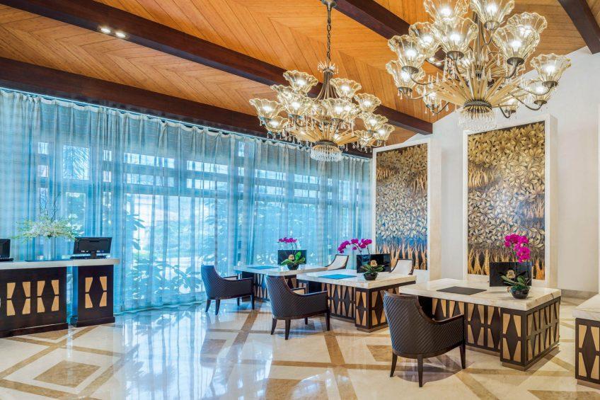 The St. Regis Sanya Yalong Bay Luxury Resort - Hainan, China - Lobby Front Desk