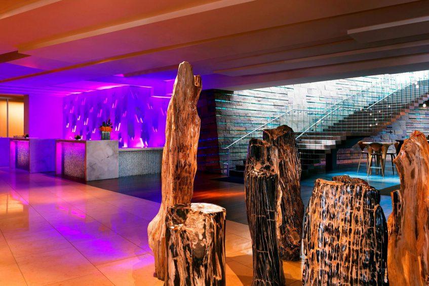 W Scottsdale Luxury Hotel - Scottsdale, AZ, USA - Lobby Welcome Desk