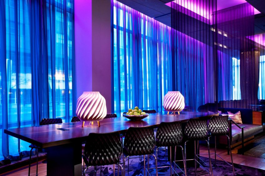 W Boston Luxury Hotel - Boston, MA, USA - W Lounge Communal Table