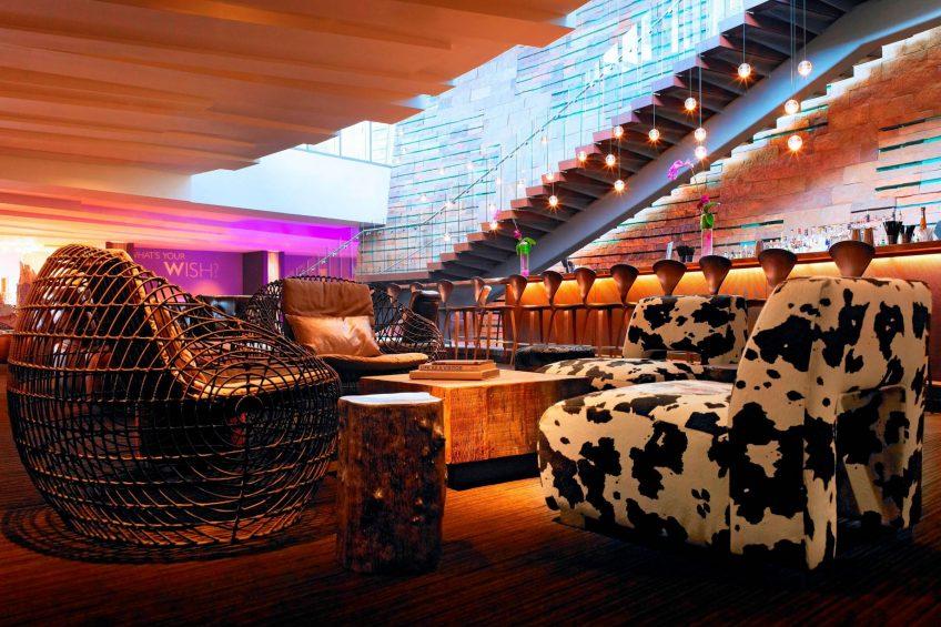 W Scottsdale Luxury Hotel - Scottsdale, AZ, USA - The Living Room