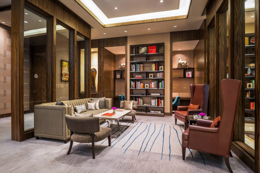 The St. Regis Mumbai Luxury Hotel - Mumbai, India - Library