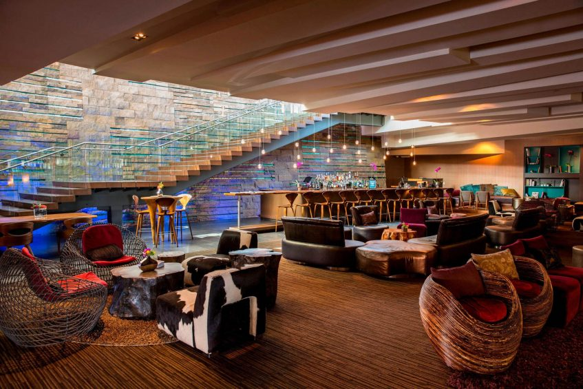 W Scottsdale Luxury Hotel - Scottsdale, AZ, USA - The Living Room Seating