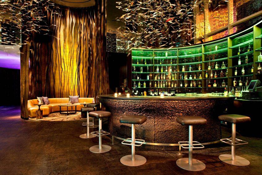 W Atlanta Downtown Luxury Hotel - Atlanta, Georgia, USA - Living Room Bar