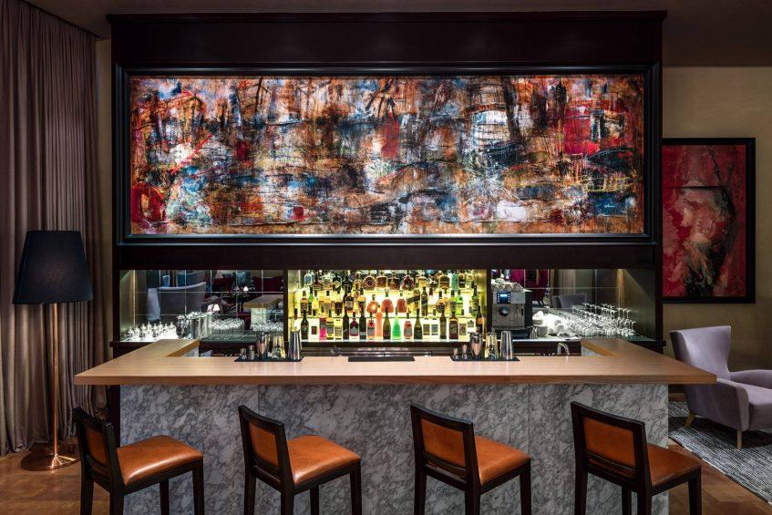 The St. Regis Chengdu Luxury Hotel - Chengdu, Sichuan, China - Decanter Bar
