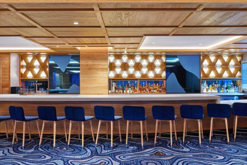 W Aspen Luxury Hotel - Aspen, CO, USA - Living Room Bar