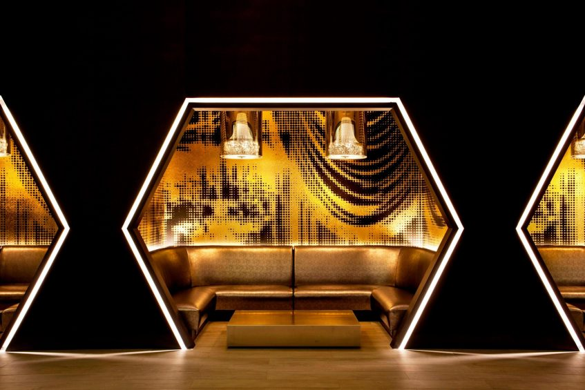 W New York Times Square Luxury Hotel - New York, NY, USA - Living Room Booth