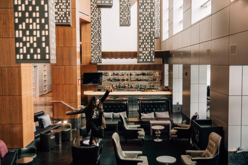 W Hoboken Luxury Hotel - Hoboken, NJ, USA - Living Room