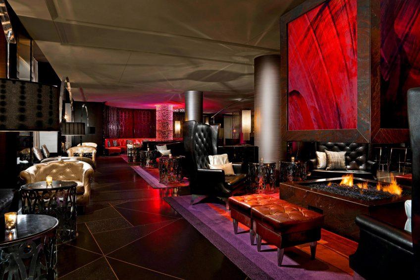W Minneapolis The Foshay Luxury Hotel - Minneapolis, MN, USA - Living Room Decor