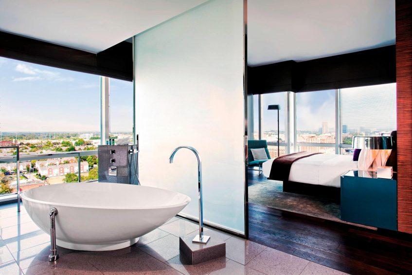 W Atlanta Downtown Luxury Hotel - Atlanta, Georgia, USA - E Wow Suite Bathroom Tub