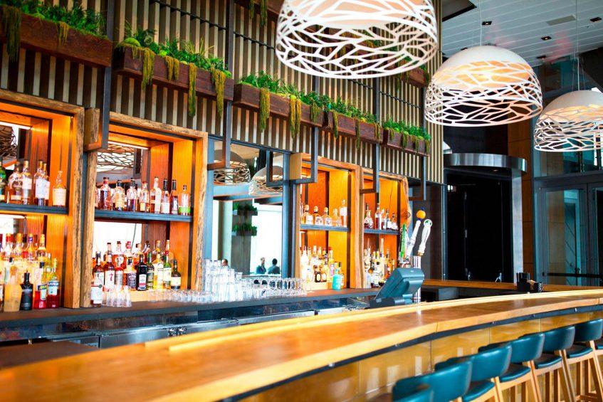 W Hoboken Luxury Hotel - Hoboken, NJ, USA - Halifax Bar