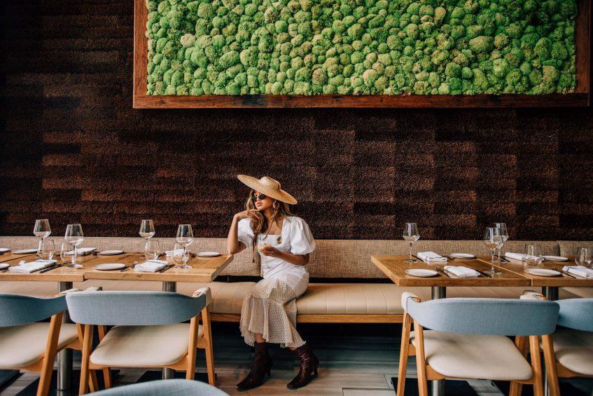 W Hoboken Luxury Hotel - Hoboken, NJ, USA - Halifax Dining Room Style