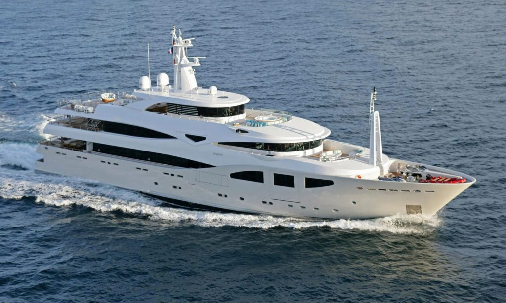 Discover Six of the Best Luxury Yachts for Sale - MY MARAYA - Running