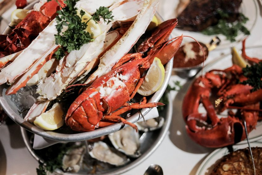 W Minneapolis The Foshay Luxury Hotel - Minneapolis, MN, USA - Manny's Steakhouse Seafood