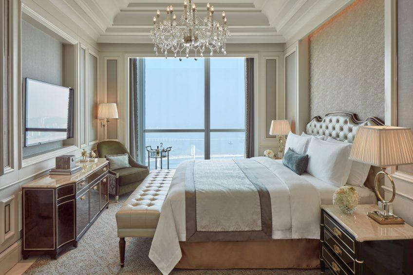 The St. Regis Zhuhai Luxury Hotel - Zhuhai, Guangdong, China - St. Regis Suite King Bed