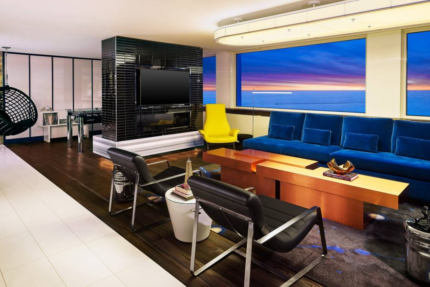 W Chicago Lakeshore Luxury Hotel - Chicago, IL, USA - Extreme Wow Suite