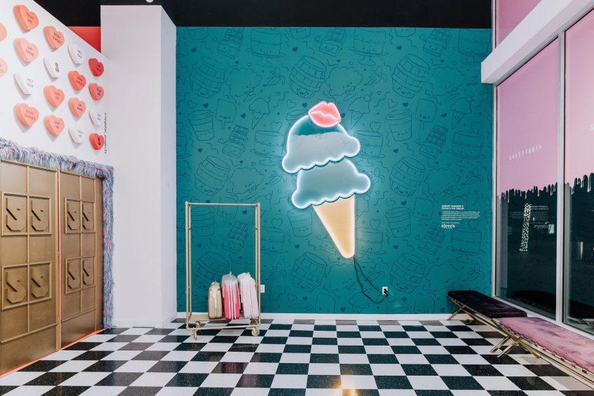 W Dallas Victory Luxury Hotel - Dallas, TX, USA - Sweet Tooth Hotel