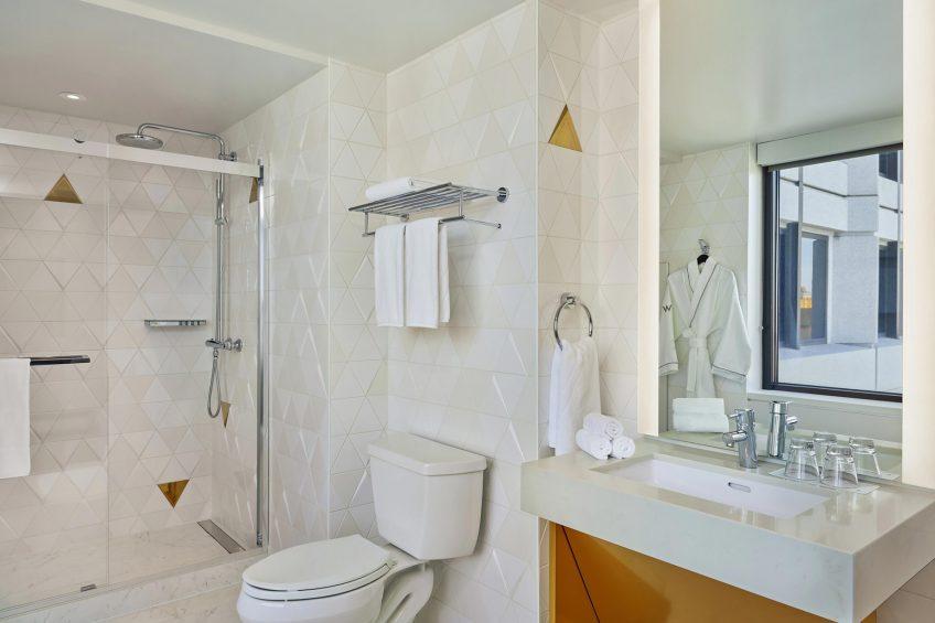 W San Francisco Luxury Hotel - San Francisco, CA, USA - Fantastic Suite Bathroom