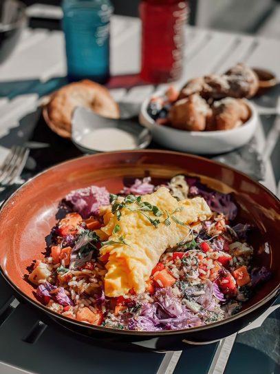 W Aspen Luxury Hotel - Aspen, CO, USA - Outdoor Breakfast Omelette