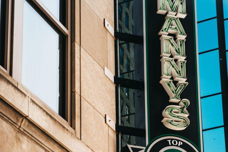 W Minneapolis The Foshay Luxury Hotel - Minneapolis, MN, USA - Manny's Steakhouse Sign
