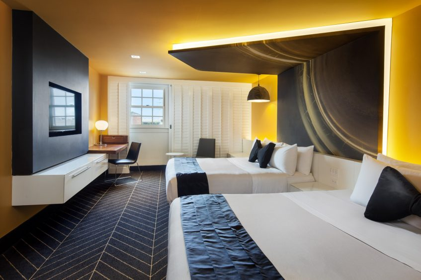 W New Orleans French Quarter Luxury Hotel - New Orleans, LA, USA - Spectacular Guest Room Beds