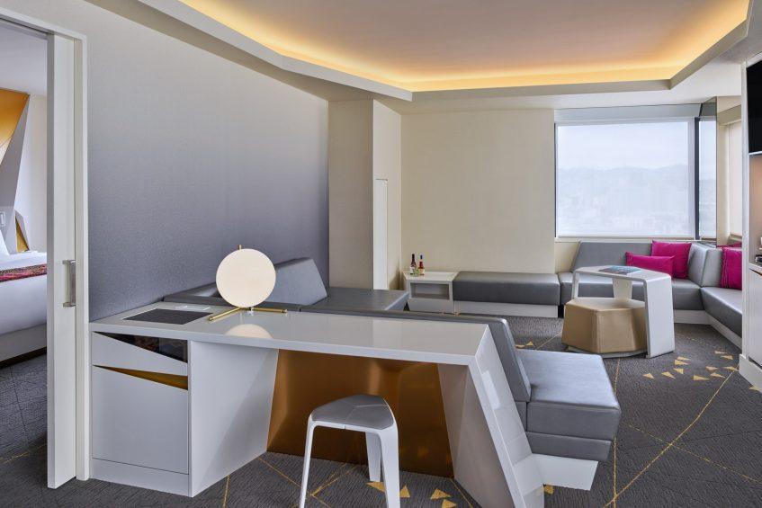 W San Francisco Luxury Hotel - San Francisco, CA, USA - Fantastic Suite Living Room