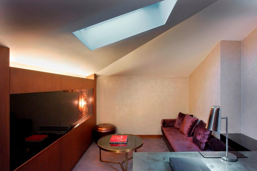 W Istanbul Luxury Hotel - Istanbul, Turkey - Marvelous Suite Sitting Room