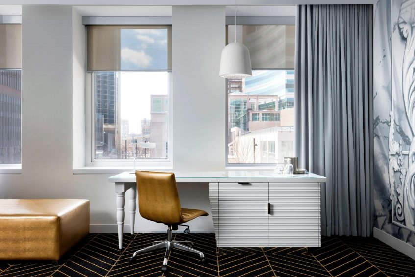 W Montreal Luxury Hotel - Montreal, Quebec, Canada - Fantastic Suite Work Desk